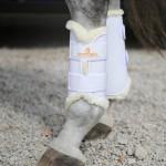 Kentucky White artificial sheepskin lined dressage boots - Hinds