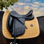 Kentucky Mustard Velvet dressage saddle Pad